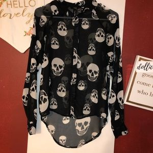 SKULL HEAD SHEER BUTTON UP SHIRT XS WOMEN